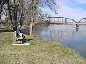Fort Benton on River
