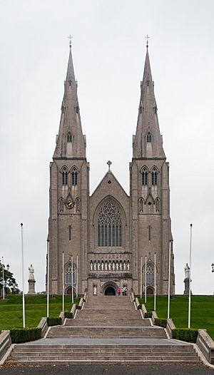 Armagh Roman Catholic Cathedral of St. Patrick 2013 09 24.jpg