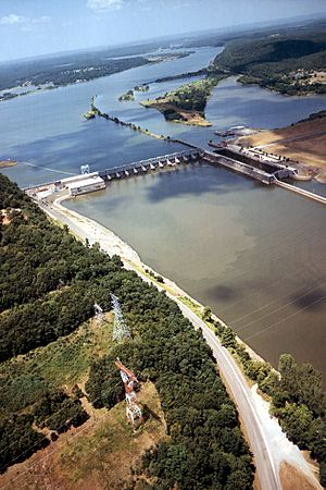 USACE Webbers Falls Lock and Dam