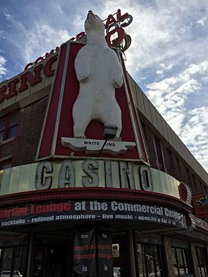 "2015-03-16 13 24 39 ""White King"" polar bear on the Commercial Casino in Elko, Nevada"