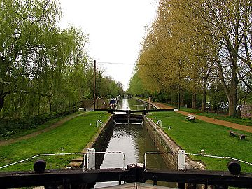 Kintbury Lock, Kennet and Avon Canal - geograph.org.uk - 6273.jpg