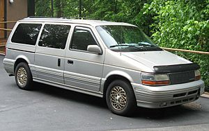 2nd-Chrysler-Town-and-Country