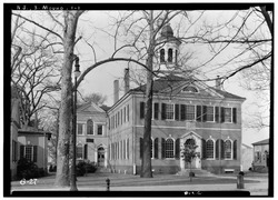 Historic American Buildings Survey Nathaniel R. Ewan, Photographer March 15, 1936 SOUTHEAST ELEVATION - Burlington County Courthouse, High Street, Mount Holly, Burlington County, HABS NJ,3-MOUHO,1-1