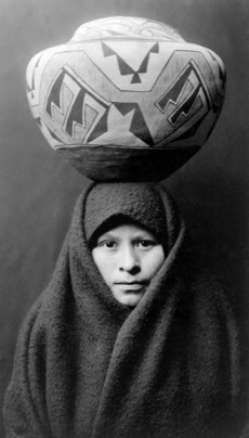 Zuni-girl-with-jar2