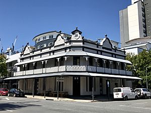 Coronation Hotel, South Brisbane, Queensland.jpg