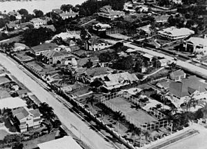StateLibQld 1 107088 Aerial view of the Riverview Terrace area of Ascot, Brisbane, ca. 1930