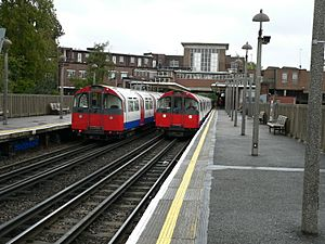 1973ts trains at Rayners Lane