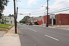 East Point Street, Downtown East Point