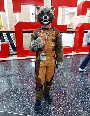 C2E2 2015 - Rocket Raccoon (16683662034)