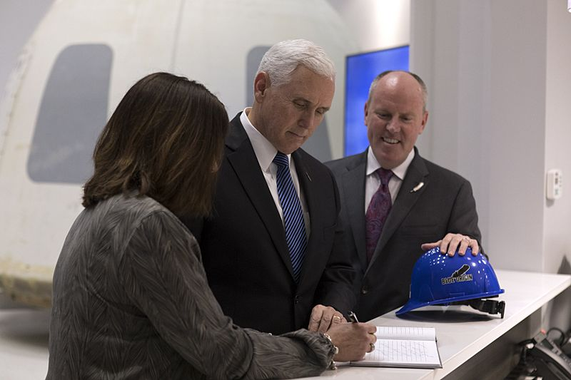 Mike Pence touring Blue Origin 06