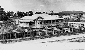 StateLibQld 1 127047 House known as El Arish at Stanthorpe, ca. 1920