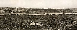Cruising Yacht Club of Australia (left) and Sydney Stadium during the Jack Johnson-Tommy Burns boxing match on 26 December 1908.