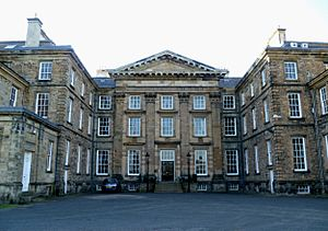 Dalkeith Palace in 2011.jpg