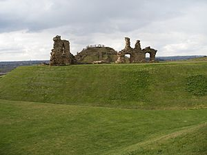 The ruins of Sandal Castle1