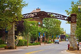 Old Town Temecula Entrance