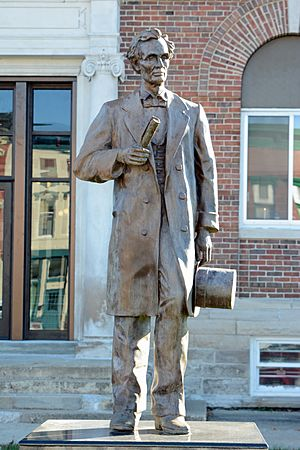 Statue of Lincoln, Marshall, IL, US (03)