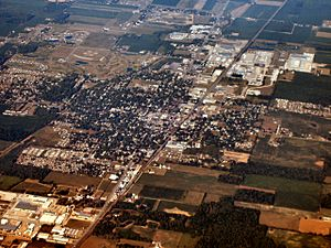 Nappanee-indiana-from-above-close