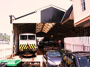 2007 at Kingswear station - train shed