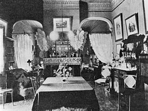 StateLibQld 2 270377 Interior view of a drawing room in Yeronga, 1907