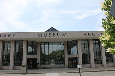 Maine State Library, Museum and Archives in Augusta, IMG 2039