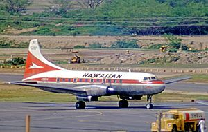Convair 640 N5511K Hawaiian HNL 05.02.71 edited-2