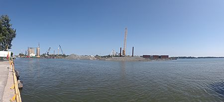 Filling in part of the mouth of the Keating Channel, 2018-07-04 -a