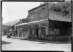 William H. Knowles, Photographer June, 1937 VIEW FROM SOUTHEAST - Store Buildings, Sawyers Bar, Siskiyou County, CA HABS CAL,47-SAWBA,1-1.tif