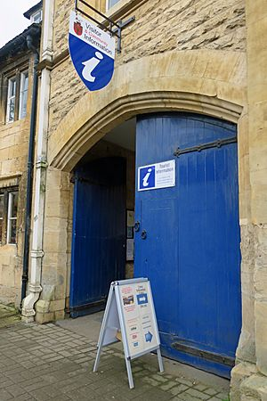 Chipping Campden - Visitor Centre - Stierch 05