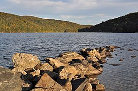 Squantz Pond early morning autumn.JPG