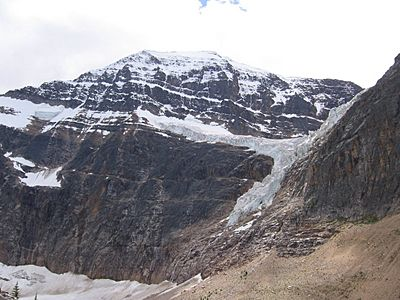 Angel glacier mt edith cavell