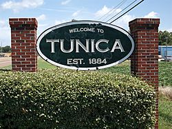 TunicaMSTownSign.jpg