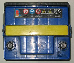 Photo-CarBattery-top