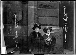 Jane Addams and Miss Elizabeth Burke