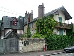 Maisons Satie backside