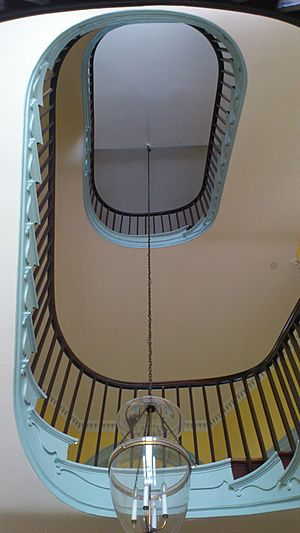 Formal stair curved (8580000941)