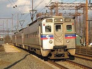 SEPTA Silverliner IV 402 on the R7