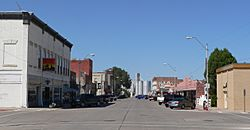 Downtown Crawford: 2nd Street, looking north from Linn Street