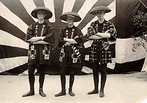 Edward VIII with his staff wearing Happi 1922