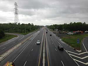 2014-05-16 13 54 15 View north along the Brunswick Pike (U.S. Route 1) from the Interstate 295 overpass in Lawrence Township, New Jersey