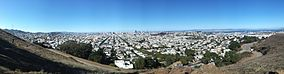 Panorama from Bernal Heights Hill, San Francisco, CA, USA 2013-09-24 15-27